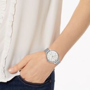 Fossil Silver Mesh Round Face Wrist Watch